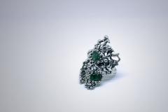 1_anillo-barroco-con-esmaraldas