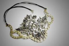 collar arabe
