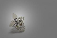 Pendiente superior Bee
